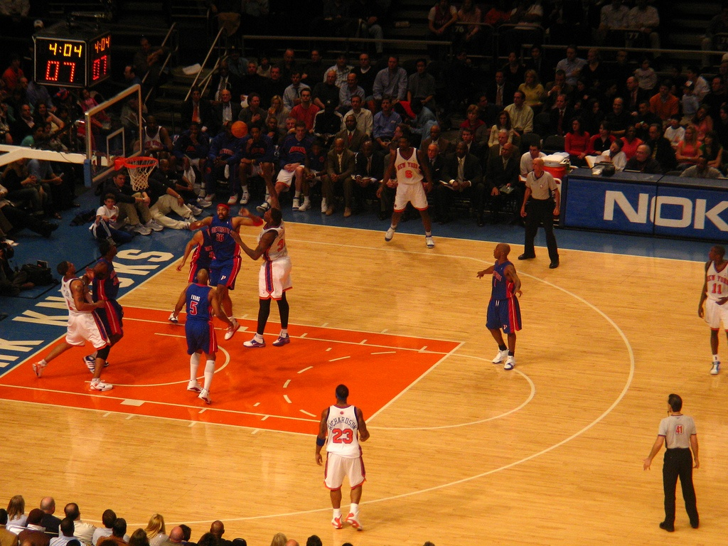Diavee_basketball.jpg